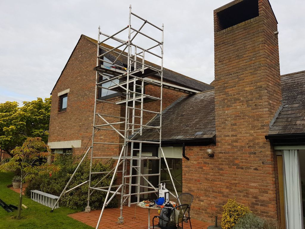 Aylesbury Gutter Cleaning And Repair Services Services